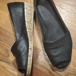 Aerosoles perforated leather peep toe wedges 7.5 W